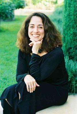 Diana Raab