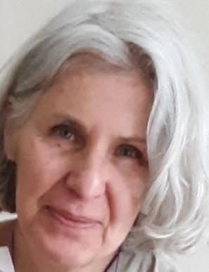 Ann Neuser Lederer Headshot